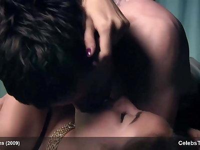 Beautiful famousness Kaya Scodelarie – very sexy, best footage