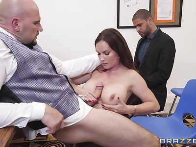 sexy brunette Diamond Foxxx  jumping on a strudly and long friend's dick