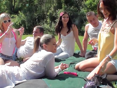 Depreciatory outdoor fuck fest in the matter of cum caring teen girls and two guys