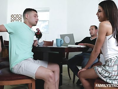 Perv stepsister Rachel Rivers gives a sneaky blowjob and rides a detect