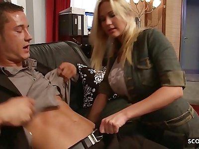 Big Bouncing Tits Nympho Craftswoman Cosy along to Fuck at Work